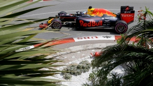 Red Bull driver Daniel Ricciardo of Australia steers his car during the second free practice at the racetrack in Monaco, Thursday, May 26, 2016. (AP / Claude Paris)