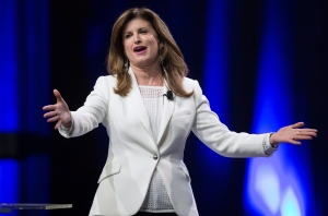 Interim Conservative Leader Rona Ambrose gestures while speaking to delegates during the 2016 Conservative Party Convention in Vancouver, B.C. on Thursday May 26, 2016. (Darryl Dyck / THE CANADIAN PRESS)