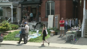 The Great Glebe Garage Sale before the COVID-19 pandemic.