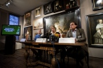 Dutch art historian and art detective Arthur Brand (L), Hoorn Mayor Yvonne van Mastrigt (C) and Director of the Westfries Museum Ad Geerdink (R) give a press conference on artworks stolen from the museum in 2005, in Hoorn on December 7, 2015. (©Olaf KRAAK/ANP/AFP)
