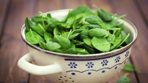 Spinach is one of the most beneficial vegetables for eye health. (gordana jovanovic/istock.com)