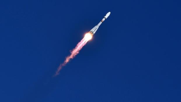A Russian Soyuz 2.1a rocket