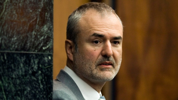 Gawker files for bankruptcy, set to sell itself rather ...