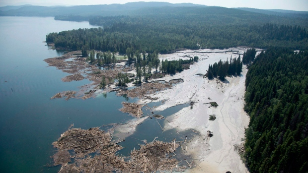 Tailings pond breach near the town of Likely, B.C.
