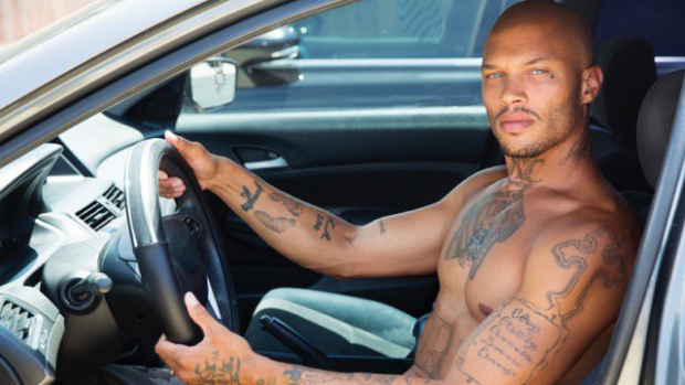 Hot Mugshot Guy Americas Hottest Felon Jeremy Meeks Shares