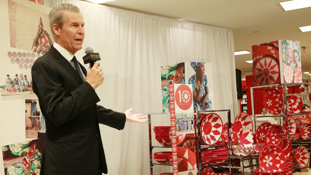 Macy's Terry Lundgren to step down as CEO next yea