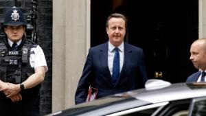 British Prime Minister David Cameron leaves 10 Downing Street in London on June 29, 2016. (Matt Dunham / AP)