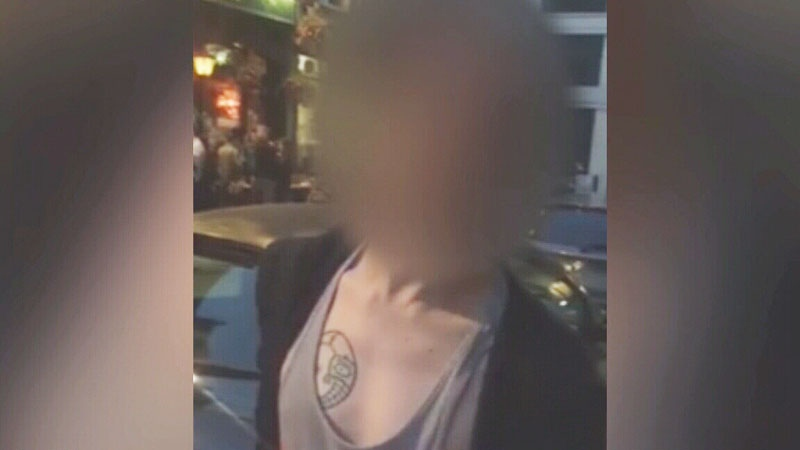 A former B.C. student is getting attention around the world after confronting a stranger who assaulted her as she walked down a U.K. sidewalk.