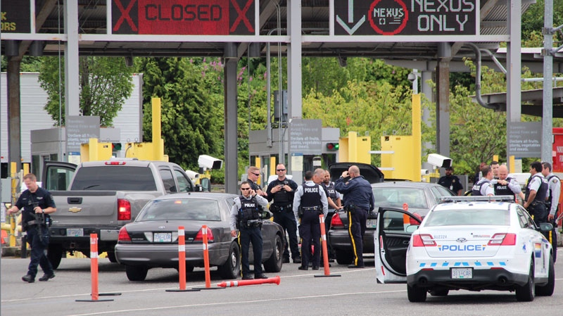Police incident at border crossing