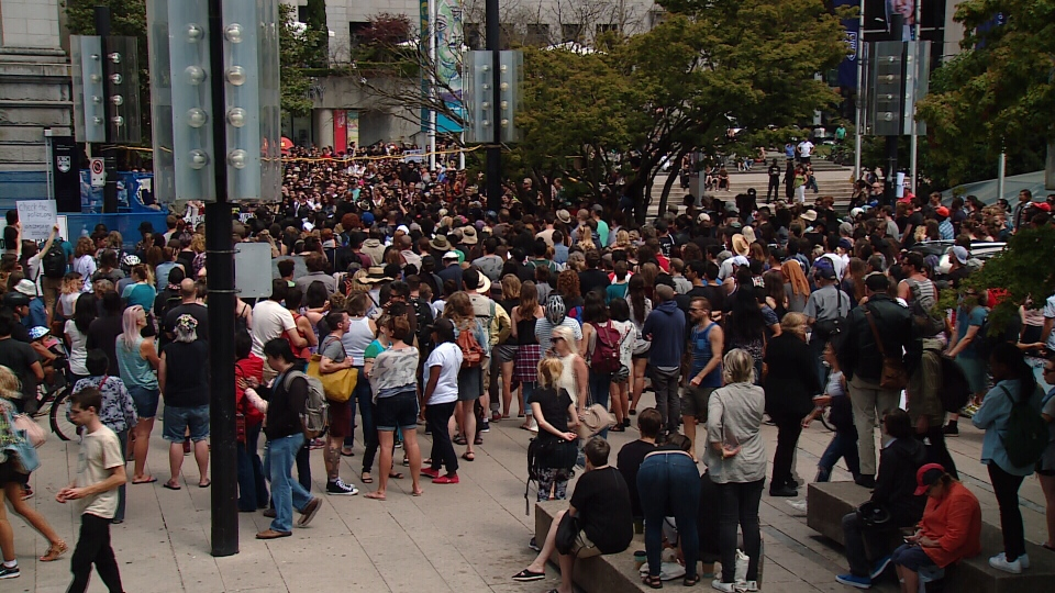 More than 500 people gathered for Sunday's Black Lives Matter rally at the Vancouver Art Gallery. (CTV)