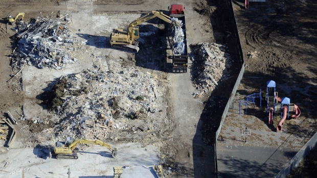 Sandy Hook Elementary torn down
