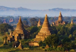 In 2016, Burma is on track to welcome 5.5 million tourists. (lkunl / Istock.com)