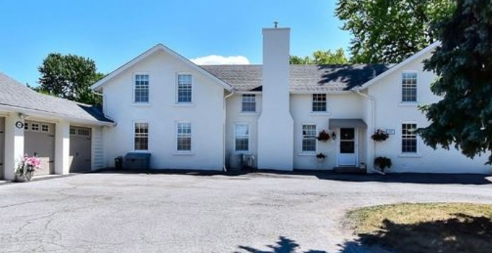 For sale: Toronto-area farmhouse with Cold War-era nuclear