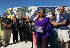 Laura Bobbs, an Albuquerque minister and the godmother of 10-year-old Victoria Marten, speaks at a news conference held by the girl's family at a park in Rio Rancho, N.M., Monday, Aug. 29, 2016. (AP / Mary Hudetz).