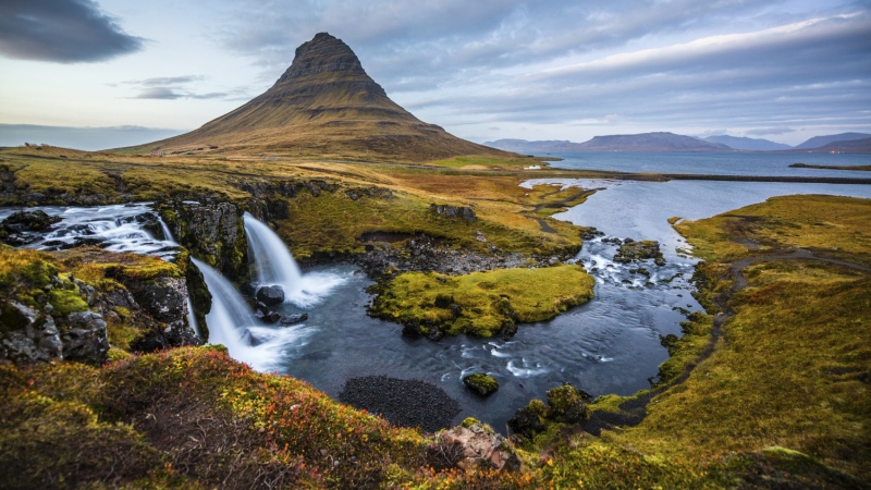 Iceland is named the top adventure destination for affluent travelers. (Schroptschop/Istock.com)