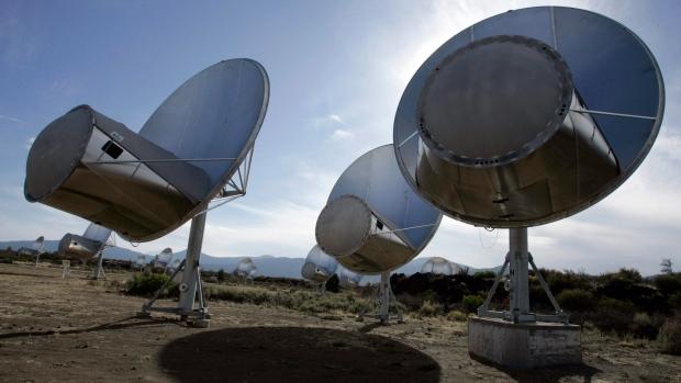 Radio telescopes of the Allen Telescope Array are seen in Hat Creek, Calif.on Oct. 9, 2007.  (AP /Ben Margot)