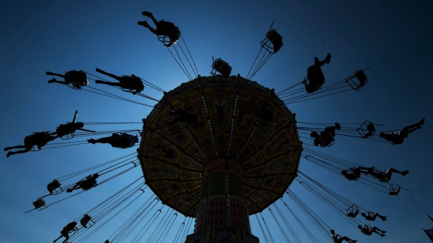 Teen girl charged after commotion at CNE in Toronto, fair closed early