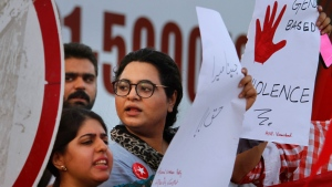 Activists of the Awami Workers Party chants slogans during a demonstration to condemn the killing of model Qandeel Baloch and against 'honour killings,' in Islamabad, Pakistan on July 18, 2016. (AP / Anjum Naveed)