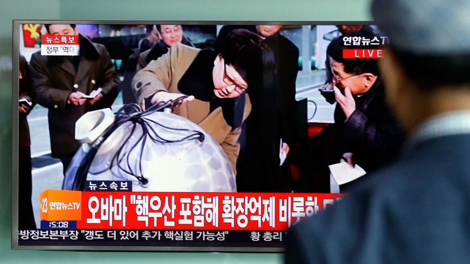 A South Korean man watches a TV news program showing North Korean leader Kim Jong Un, at Seoul Railway Station in Seoul, South Korea, Friday, Sept. 9, 2016.  (AP Photo/Ahn Young-joon)