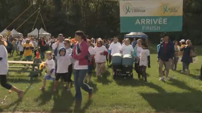 Montrealers Raise 100 000 For Ovarian Cancer Research Survivors At Walk Of Hope Ctv News