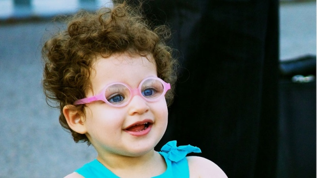 120a68bd19c How to tell if a preschooler needs glasses