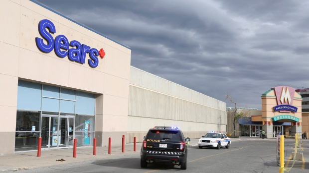 Officer severely injured in altercation at Calgary shopping mall
