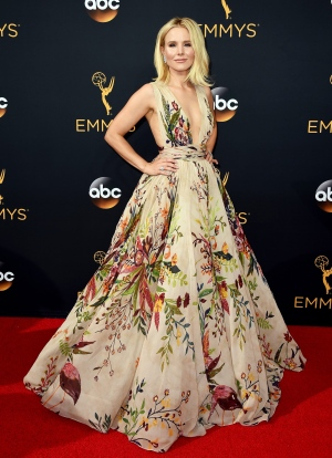 Kristen Bell arrives at the 68th Primetime Emmy Awards on Sunday, Sept. 18, 2016, at the Microsoft Theater in Los Angeles. (Photo by Jordan Strauss/Invision/AP)