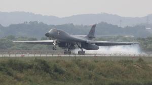 U.S. Air Force B-1B bomber from Andersen Air Force Base, Guam, lands at Osan Air Base in Pyeongtaek, South Korea, on Sept. 21, 2016. (Seo Myung-gon / Yonhap via AP)