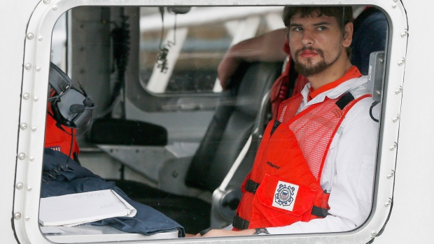 Shipwrecked Man Who Spent 8 Days in Raft Back Safe in Boston