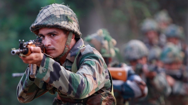 Militants attack Indian army camp in Kashmir, 1 killed