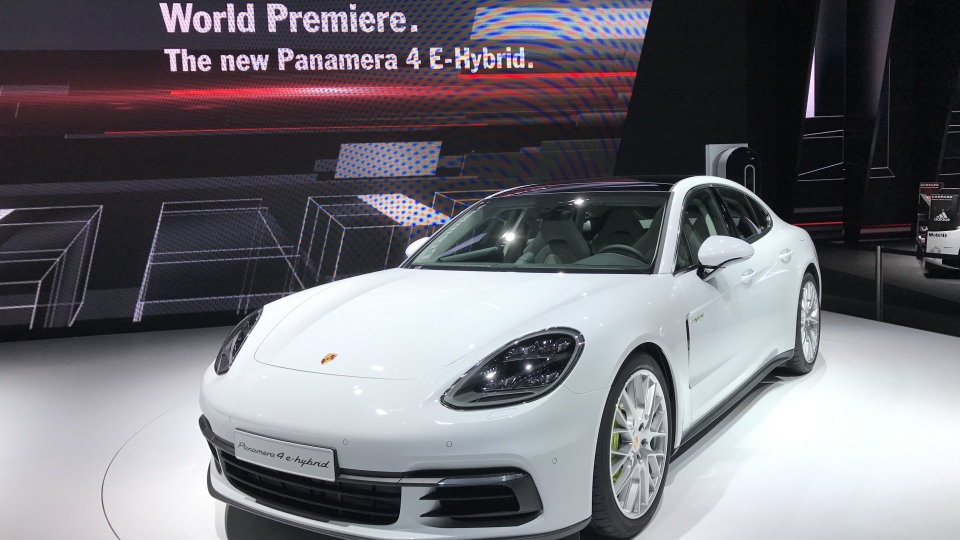 Porsche Panamera 4 E-Hybrid at the 2016 Paris Motor Show. (David Bénard /Relaxnews)