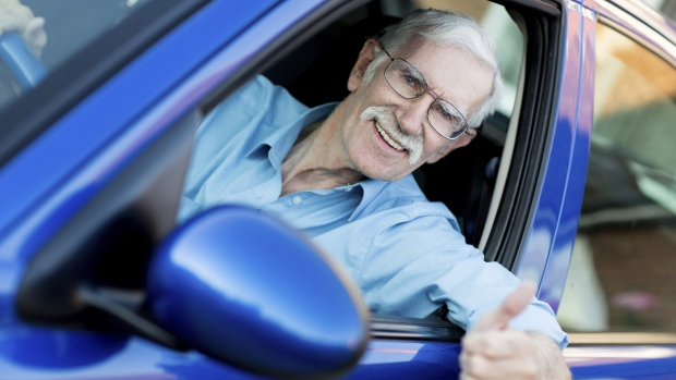 senior citizen driving essay Senior citizen jokes, old people humor, funny resources information knowledge jokes humor contact share a story ask a question make a comment : senior citizen jokes, humor for seniors and funny stuff about a tour bus driver is driving with a bus load of seniors down a highway.