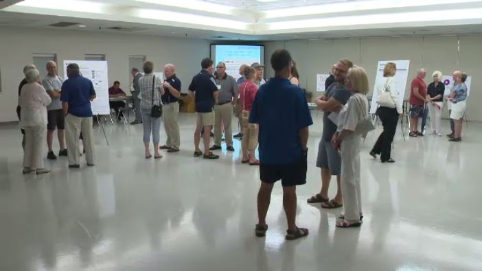 Cambridge residents attend a session on possible multiplex locations. (CTV Kitchener)