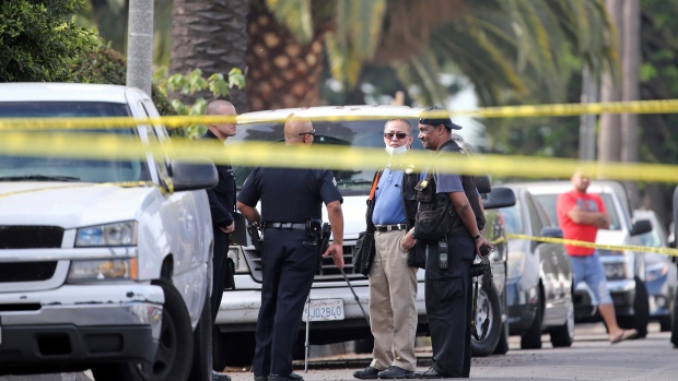 Police search for 2 suspects after LA shooting leaves 3 dead