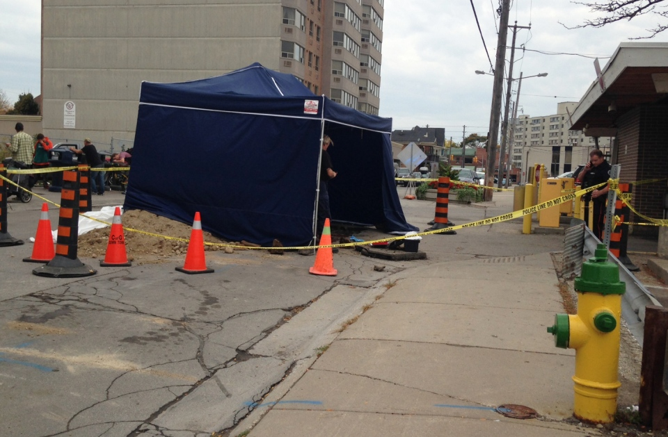 An area along Baker Street is cordoned off following the discovery of bone fragments beneath the road on Monday, Oct. 17, 2016. (Alexandra Pinto / CTV Kitchener)