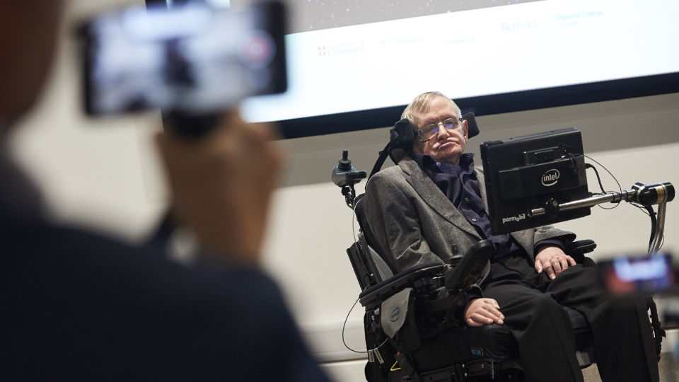 British scientist Stephen Hawking attends the launch of The Leverhulme Centre for the Future of Intelligence (CFI) at the University of Cambridge, in Cambridge, eastern England, on Oct. 19, 2016. (AFP PHOTO/NIKLAS HALLE'N)