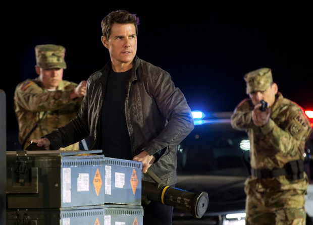 In this image released by Paramount Pictures and Skydance Productions, Tom Cruise appears in a scene from, 'Jack Reacher: Never Go Back.' (Chiabella James / Paramount Pictures and Skydance Productions via AP)
