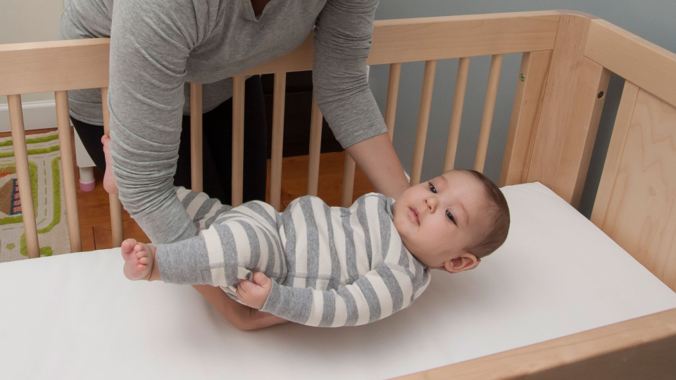 Babies Should Sleep In Parents Room First Year American