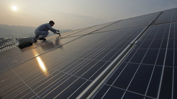 Solar energy prices plunge in China
