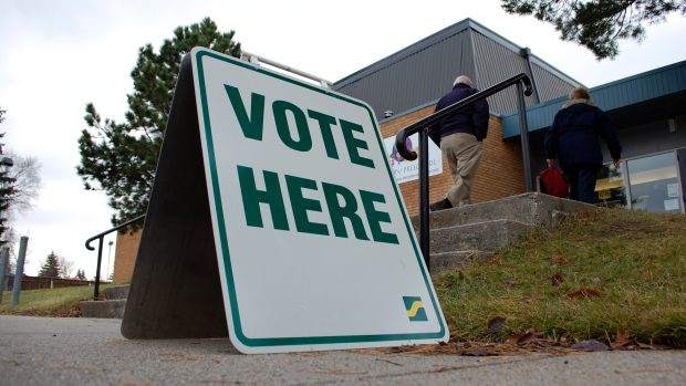 Voters head into a polling station at Hugh Cairns V.C. School in Saskatoon during a civic election Oct. 26,2016. (Kevin Menz/CTV Saskatoon)