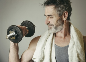 A man lifts weights in this file photo. (IStock / Triocean)