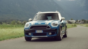 This new-generation Mini will premiere at the Los Angeles Auto Show, which runs Nov. 18 to 27.