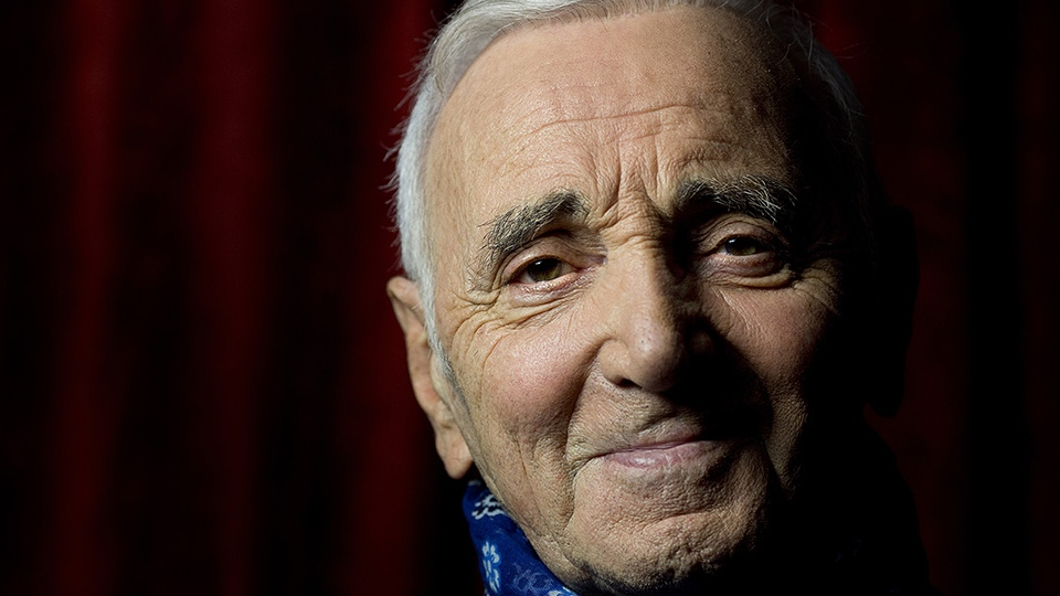 French-Armenian singer Charles Aznavour is seen in this undated file photo. (© AFP PHOTO / JOEL SAGET)