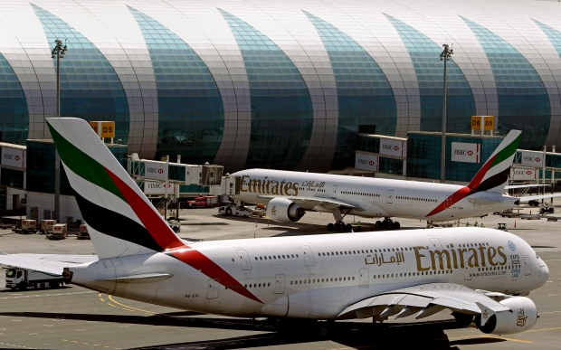 Airlines Say Emirates' Athens-Newark Flight Violates Agreement