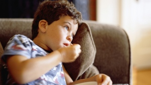 Current regulations about advertising such foods often only apply to non-digital media, or only related to young children and not adolescents, a WHO report said. (bttoro/Istock.com)