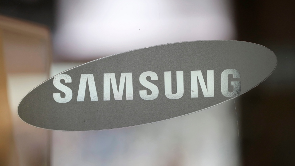 The corporate logo of Samsung Electronics Co. is seen at its shop in Seoul, South Korea on Oct. 5, 2016. (Lee Jin-man/AP)