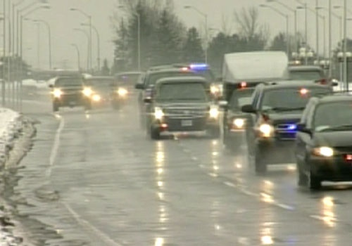 The motorcade accompanying U.S. President Barack Obama travels through Ottawa en route to Parliament Hill in Ottawa, Thursday, Feb. 19, 2009.