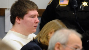 Brendan Dassey, left, at the Manitowoc County Courthouse on Jan. 19, 2010. (Sue Pischke / Herald Times Reporter)