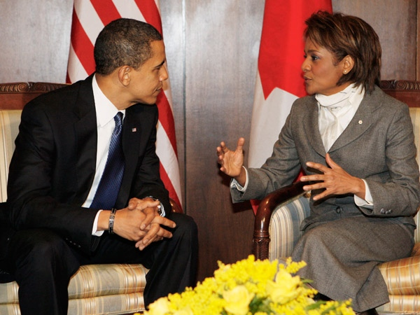 Governor General Michaelle Jean meets with U.S. President Barack Obama in a private area of Ottawa International Airport on Thursday, Feb. 19, 2009. (AP / Charles Dharapak)