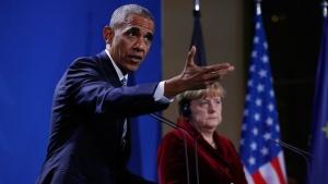 U.S. President Barack Obama with German Chancellor Angela Merkel in Berlin, on Nov. 17, 2016. (Pablo Martinez Monsivais / AP)
